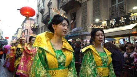 Milano, le immagini suggestive della parata del Capodanno Cinese