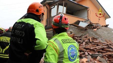 Esplosione distrugge abitazione, paura a Padova