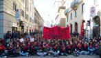 Milano, studenti in piazza contro il governo e il nuovo esame di maturità