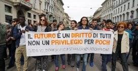 Marcia 'People' a Milano: un fiume di persone per manifestare contro le discriminazioni