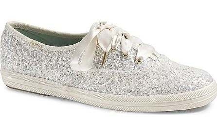 Sneakers nuziali, il trend per i matrimoni 2019