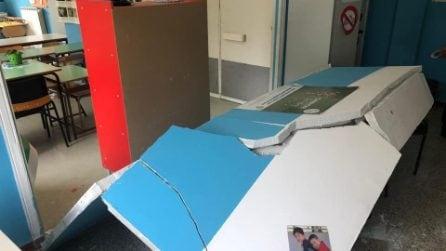 Sant'Anastasia (Napoli): crolla parete scuola, ferita maestra incinta