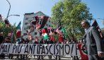 """25 aprile, manifestazione di Forza Nuova davanti al tribunale di Roma: """"Mai più antifascismo"""""""