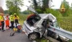 Valeggio sul Mincio, auto finisce contro il guardrail: morto 22enne