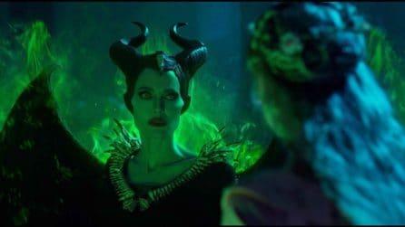 Maleficent - Signora del Male: le foto di scena e il poster