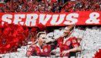 Il Bayern Monaco vince la Bundesliga e celebra Robben e Ribery