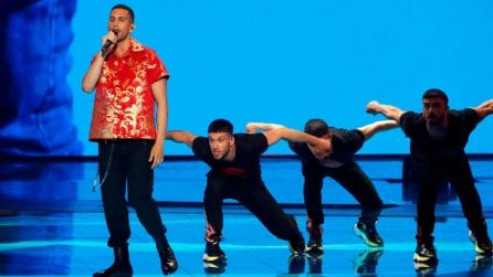 Il look di Mahmood per la finale dell'Eurovision Song Contest 2019