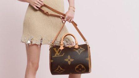 Louis Vuitton, la collezione di accessori con il logo extra large