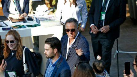 Bruce Springsteen nella Capitale per vedere la gara della figlia: foto e abbracci con i fan