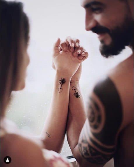 """L'ex concorrente di Supervivientes accompagna la foto con la frase """"Se non fa male non è amore"""" scritta in spagnolo."""