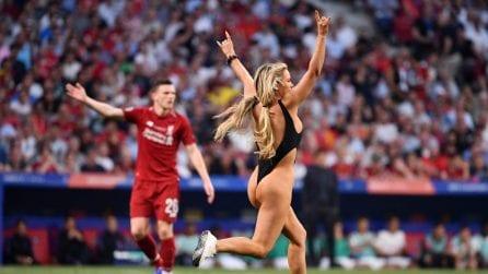 Chi è la bionda che ha fatto invasione nella finale di Champions a Madrid