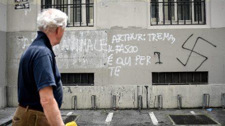 Milano, scritte e simboli nazisti sulla facciata del Liceo Parini