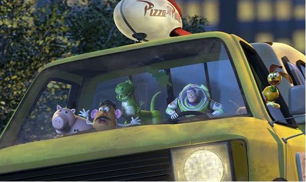 Si trova in tutti i film di Toy Story, ma anche in molti film della Pixar