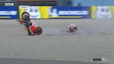 MotoGP ad Assen, brutto incidente per Lorenzo