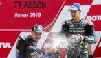 MotoGP Assen, Vinales torna alla vittoria. Subito fuori Rossi