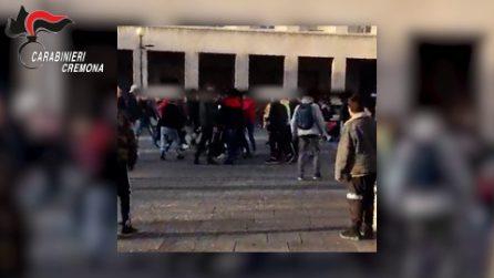 Cremona, maxi risse in piazza tra ragazzini organizzate su Instagram: sette arresti
