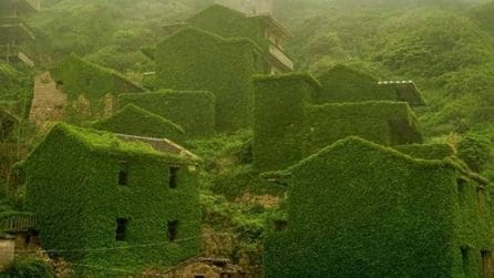 La natura si è impossessata di questa città fantasma: oggi è possibile visitarla