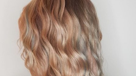 Light Rainbow, i capelli color arcobaleno sono i più trendy dell'estate 2019