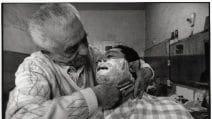 """""""Barbieri di Sicilia"""": la mostra fotografica su uno dei mestieri più antichi"""