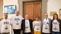 """""""Prima i toscani"""", la protesta della Lega è un fail: sbagliata la divisione in sillabe"""