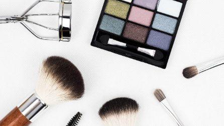 20 prodotti per il tuo beauty case da viaggio