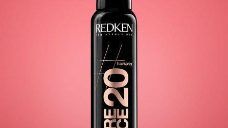 Prodotti anti frizz per eliminare l'effetto crespo dai capelli