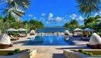 Messi, le immagini delle lussuose vacanze sull'isola privata da 5500 euro a notte