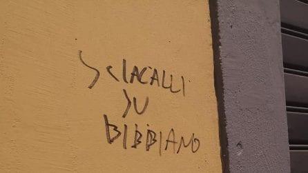 """""""Sciacalli su Bibbiano, cacciate i 49 milioni"""": scritte contro la sede Lega di Marcianise"""