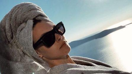 Occhiali da sole per l'estate 2019: le dive scelgono la mascherina in versione maxi