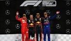 Rimonta show, Vettel da 20° a 2° dietro Verstappen. Mercedes da incubo, Leclerc a muro
