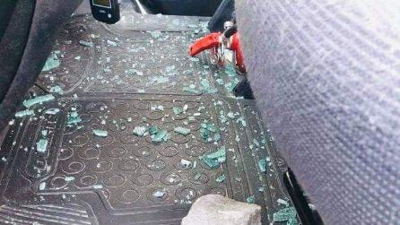 Milano, ambulanze della Croce Verde di Baggio nei mirino dei vandali: tre mezzi distrutti