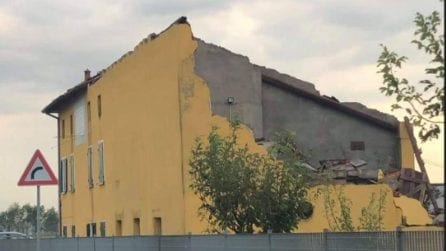 Brescia, crollano muri e volano i tetti: le conseguenze del downburst
