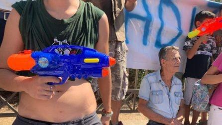 Salvini a Castelvolturno atteso dai contestatori e dai fan