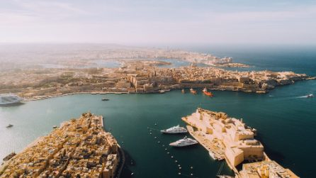 Malta, la perla del Mediterraneo tra storia, mare e musica