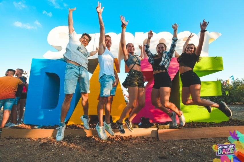 Il Summer Daze Festival di Malta ha dimostrato la sua capacità di resistenza negli eventi estivi con spettacoli di spicco di David Guetta, Tyga, James Arthur e Paul Kalkbrenner.