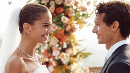 L'abito da sposa di Gabrielle Caunesil per le nozze con Riccardo Pozzoli