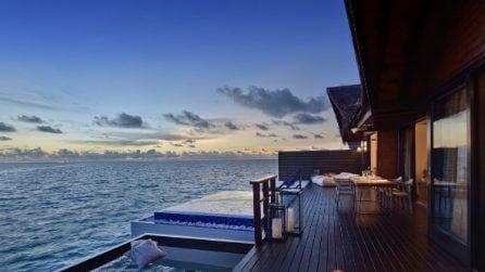 Nel resort dove si dorme sull'acqua