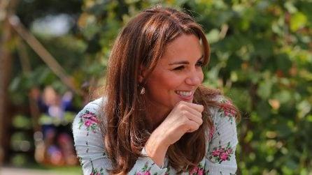 Kate Middleton, il ritorno a lavoro con il look a fiori