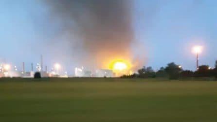 Esplosione e incendio alla raffineria Eni Sannazzaro de' Burgondi