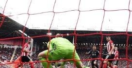 Il Liverpool batte lo Sheffield e vince la 16esima partita di fila in Premier League