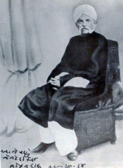 Il padre di Gandhi fu Primo Ministro del principato di Rajkot.