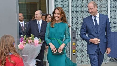 Kate Middleton incanta con l'abito verde petrolio