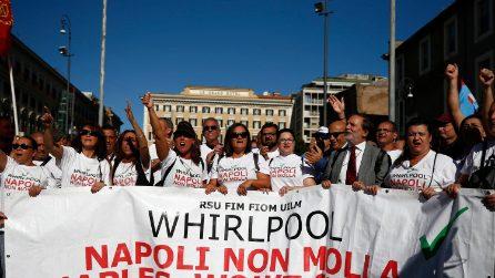 Manifestazione dei lavoratori Whirlpool di Napoli