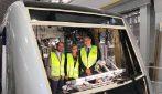 Napoli, il sindaco De Magistris presenta i nuovi treni della Lina 1 su Facebook