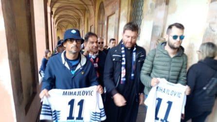 Tifosi del Bologna e della Lazio in pellegrinaggio per Sinisa Mihajlovic