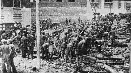 Le immagini dell'attentato nazista al Palazzo delle Poste di Napoli del 7 ottobre 1943