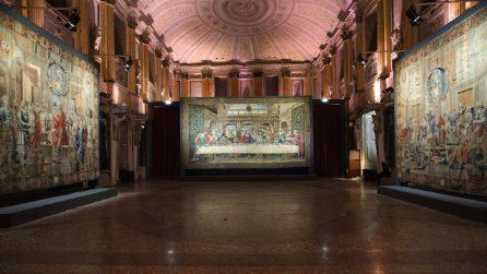 Restaurato lo splendido arazzo che riproduce il Cenacolo di Leonardo: in mostra a Palazzo Reale