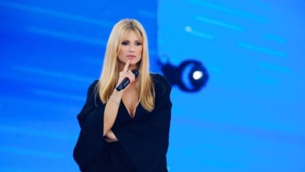 Michelle Hunziker, i look per Amici Celebrities