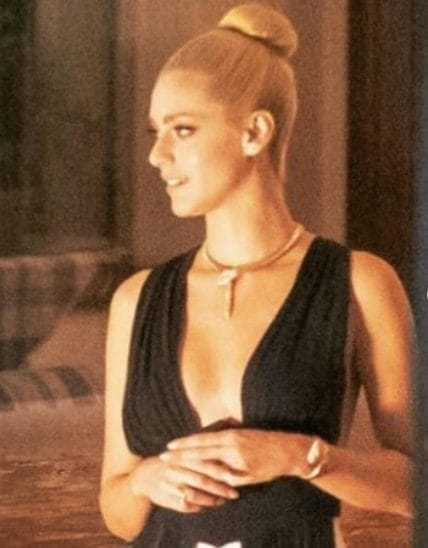 Miriam Leone è Eva Kant