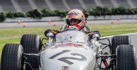 Verstappen alle prese con la storia della F1, l'olandese testa la Honda RA272
